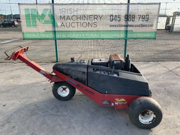 UNRESERVED 2 x Toro Hydroject 3000's Pedestrian Aerators
